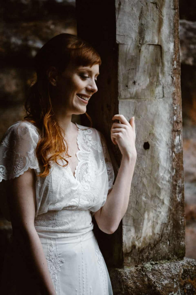 Scottish elopement in ruin church
