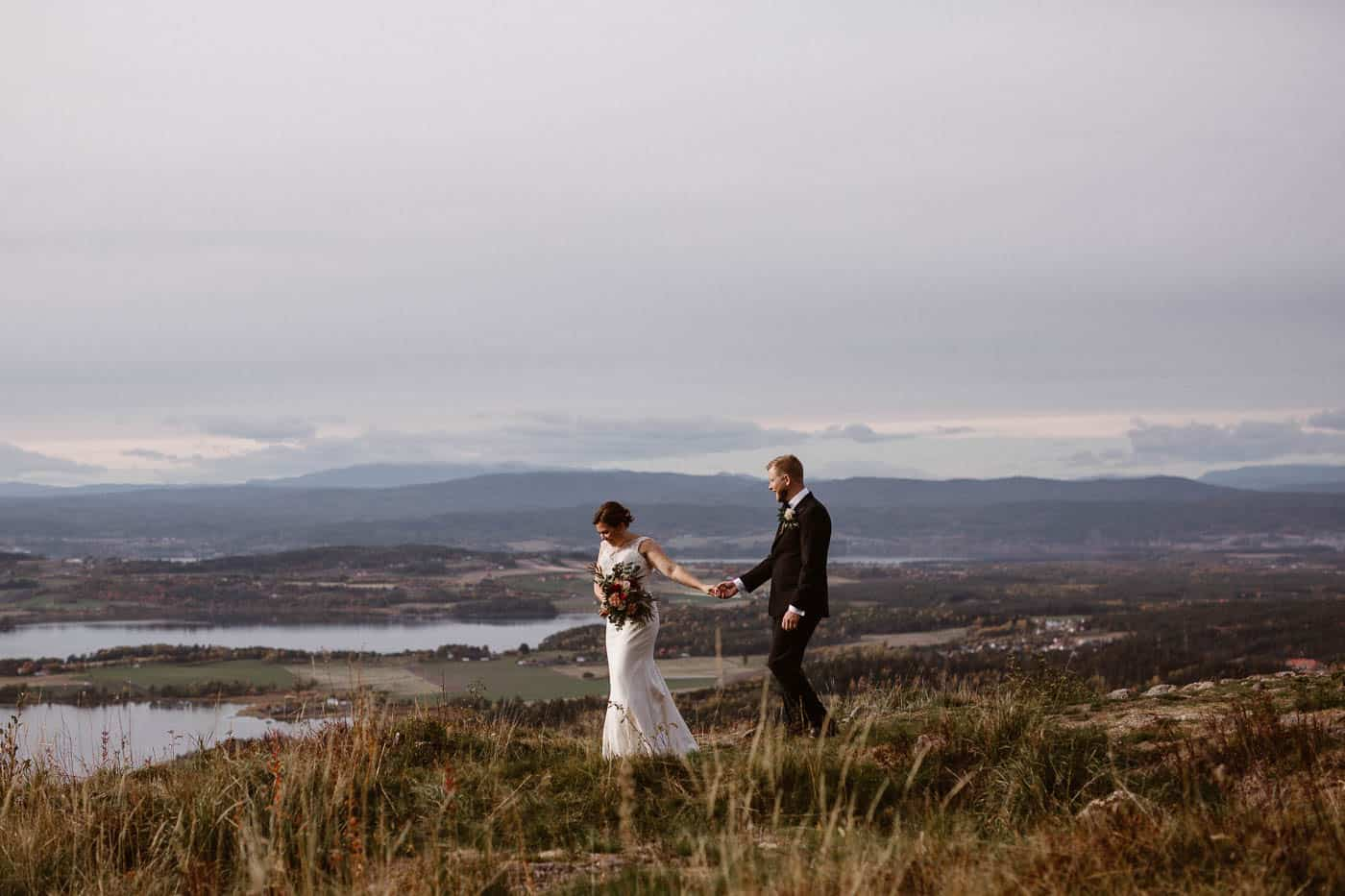 Norway elopement photography prices Ingvild Kolnes